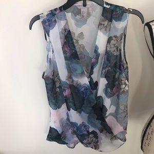 H&M floral sleeveless blouse